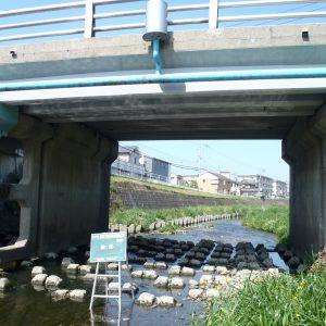 橋の補強工事